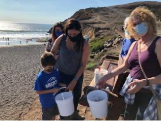 Beach-Clean-Up-4